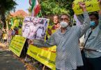 Demonstranten vor der Iranischen Botschaft in Berlin. Foto: Annette Riedl/dpa