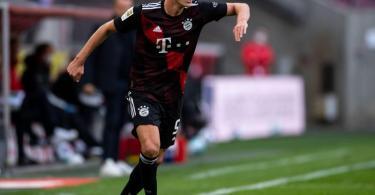 Benjamin Pavard kehrt erstmals seit seinem Wechsel zumFCBayern nach Stuttgart zurück. Foto: Marius Becker/dpa-Pool/dpa