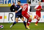 Hertha-Trainer Bruno Labbadia bezeichnete den Auftritt von Matheus Cunha (l) in Freiburg als 'unterirdisch'. Foto: Philipp von Ditfurth/dpa