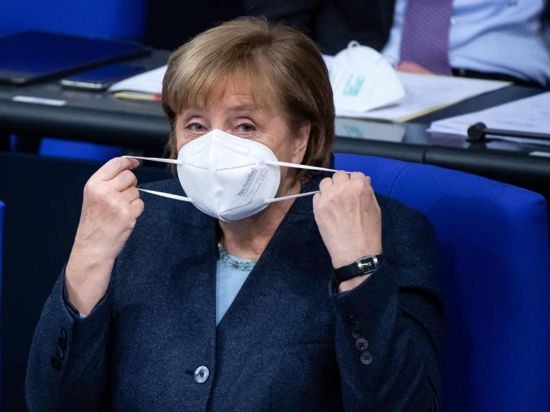 Hat noch ein klassisches Verständnis von Sport: Bundeskanzlerin Angela Merkel. Foto: Bernd von Jutrczenka/dpa