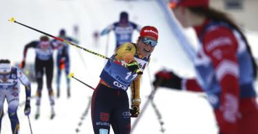 Katharina Hennig wurde Zweite imMassenstart über zehn Kilometer. Foto: Alessandro Trovati/AP/dpa