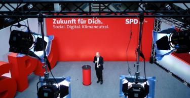 Bundesfinanzminister Olaf Scholz erläutert bei der Jahresklausur des SPD-Parteivorstands im Willy-Brandt-Haus in Berlin die Zukunftspläne der Sozialdemokraten. Foto: Kay Nietfeld/dpa