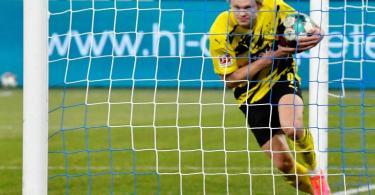 Spielt beim BVB eine überragende Saison: Torjäger Erling Haaland. Foto: Martin Meissner/Pool AP/dpa