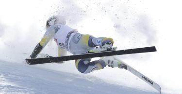 Stürzte schwer beim Super-G in Italien: Kajsa Vickhoff Lie. Foto: Alessandro Trovati/AP/dpa