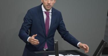 Der CDU-Abgeordnete Löbel gibt seinen Sitz im Auswärtigen Ausschuss auf. Foto: Jörg Carstensen/dpa