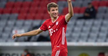 Müller steht beim Klassiker gegen den BVB erstmals nach seiner Coronavirus-Infektion wieder in der Startelf. Foto: Sven Hoppe/dpa