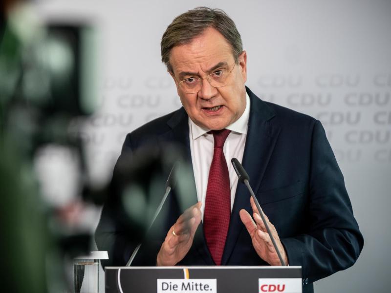 Armin Laschet, CDU-Bundesvorsitzender und Ministerpräsident von Nordrhein-Westfalen, spricht bei einer Pressekonferenz nach der Sitzung des CDU-Präsidiums im Konrad-Adenauer-Haus. Foto: Michael Kappeler/dpa-Pool/dpa