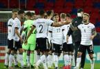 Gegen Rumänien wiell die deutsche U21 der EM-Viertelfinale klar machen. Foto: Csaba Domotor/dpa