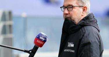 Hält sich vor dem Spiel gegen Hertha mit Sprüchen zurück: Urs Fischer, Trainer vom 1. FC Union Berlin. Foto: Uwe Anspach/dpa