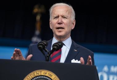 Joe Biden, Präsident der USA, will mit mehreren Verfügungen die Waffengesetze verschärfen. Foto: Evan Vucci/AP/dpa