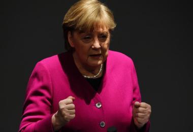 Bundeskanzlerin Angela Merkel Ende März bei einer Regierungserklärung zur Corona-Pandemie. Foto: Michael Kappeler/dpa
