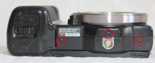 Sony Nex-5 Bottom
