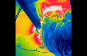 Portable air conditioner exhaust duct not sealed properly and is blowing hot exhaust air (126F) back into the conditioned space - Infrared Imaging Services LLC