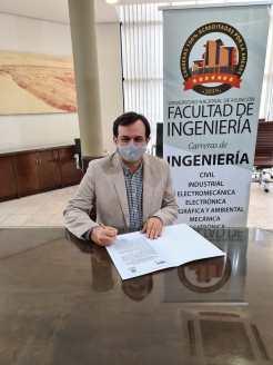 Dr. Rubén López Santacruz.
