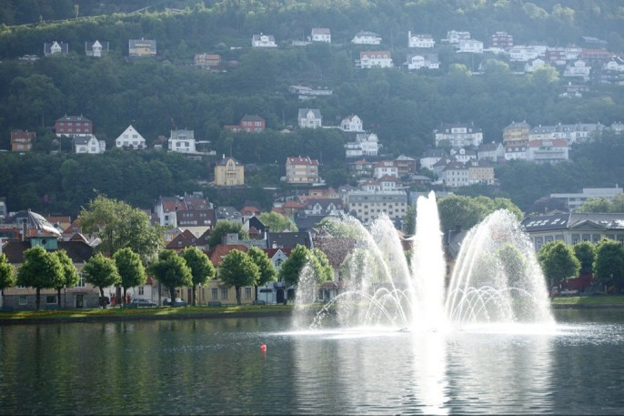 Fountain in a park, early morning in Bergen