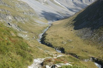 Day 9 - lovely walk through the Vallon de la Leisse