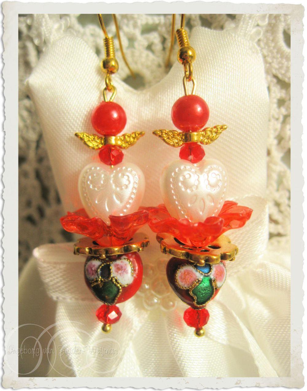 Handmade angel heart Valentine's earrings by Ingeborg van Zuiden