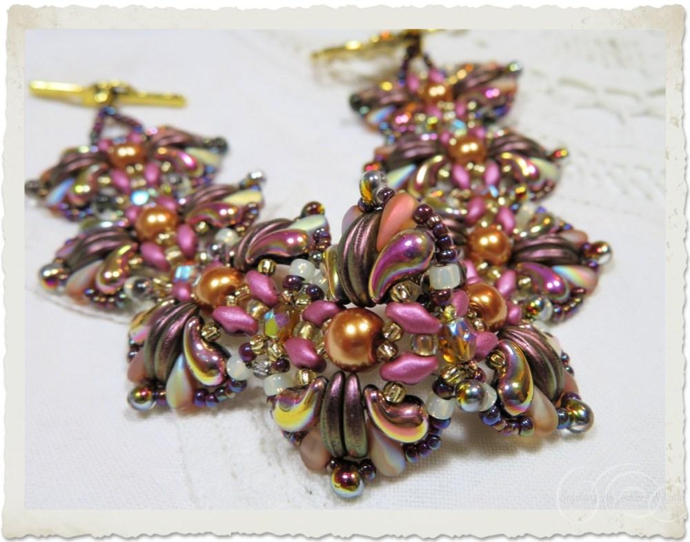 Pink terra Zoliduo bracelet with crescent and duodrop beads by Ingeborg van Zuiden
