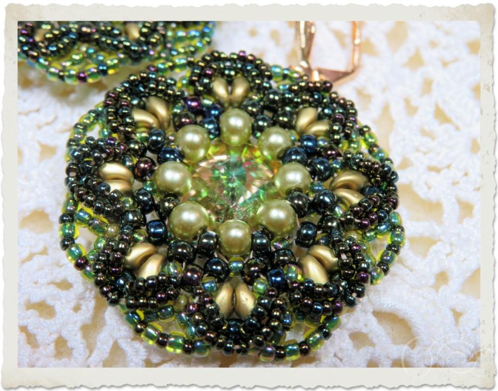 green pearl bling earring