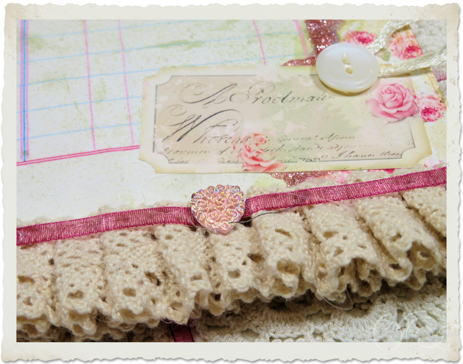 Details of cotton lace with button