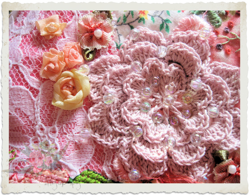 Crochet rose and ribbon flowers by Ingeborg