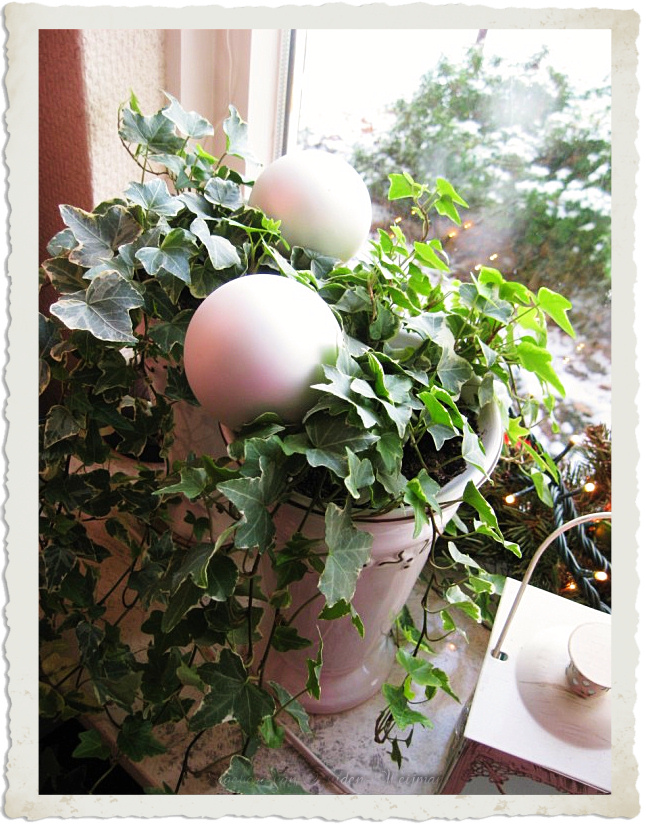 Balls and Ivy