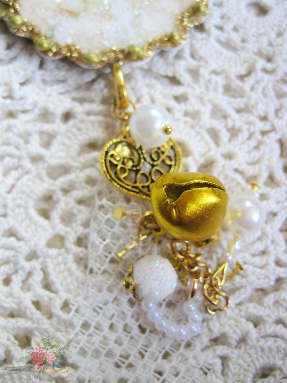 Beaded Christmas dangle with bells