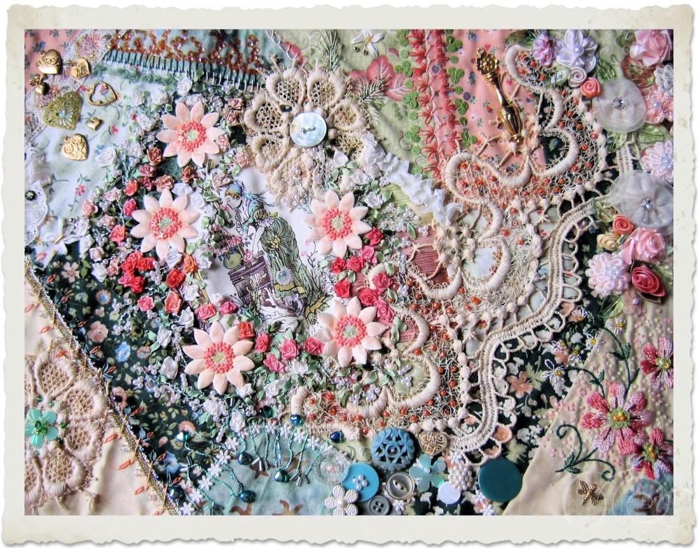 Coral Floral crazy quilt by Ingeborg van Zuiden