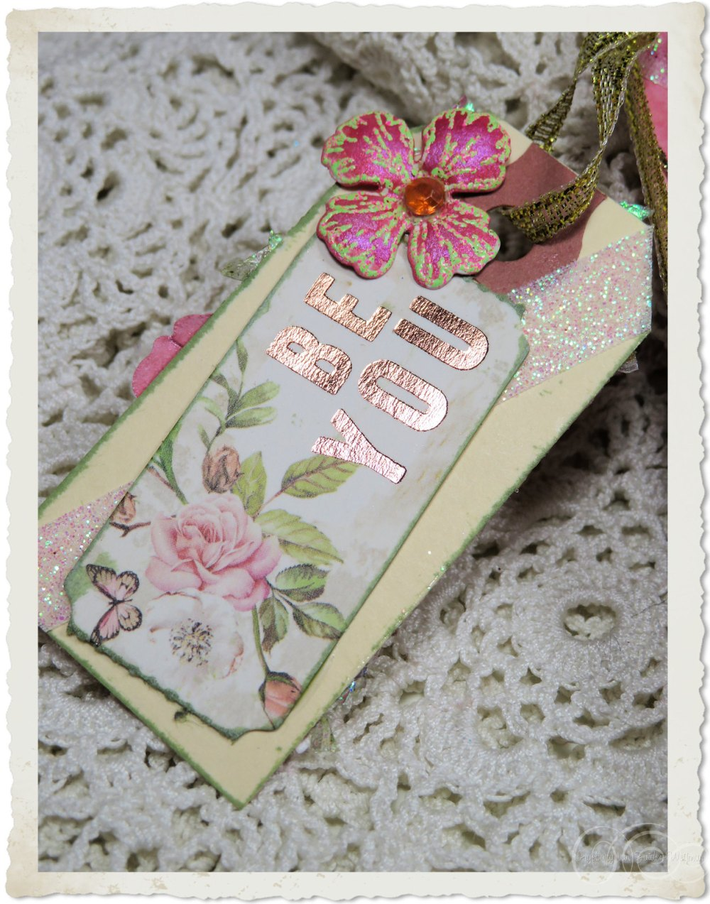 Handmade paper tag with wordart by Ingeborg van Zuiden