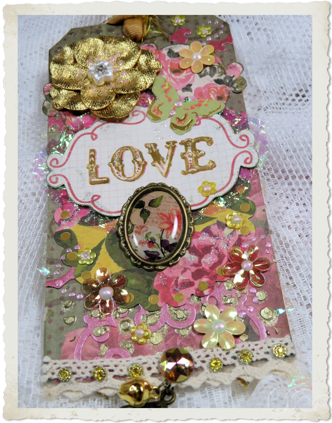 Details of handmade love tag