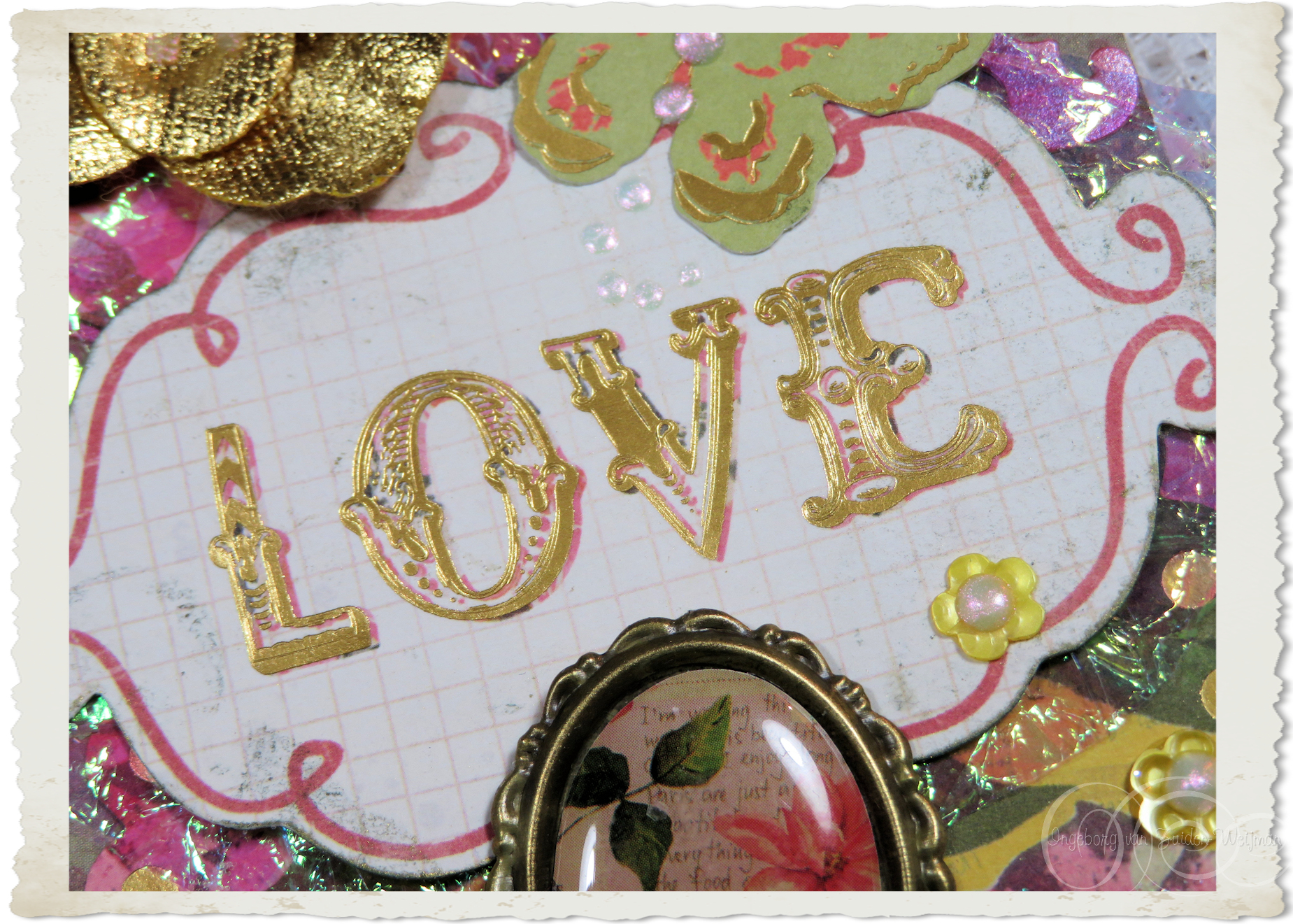 Love in gold wordart