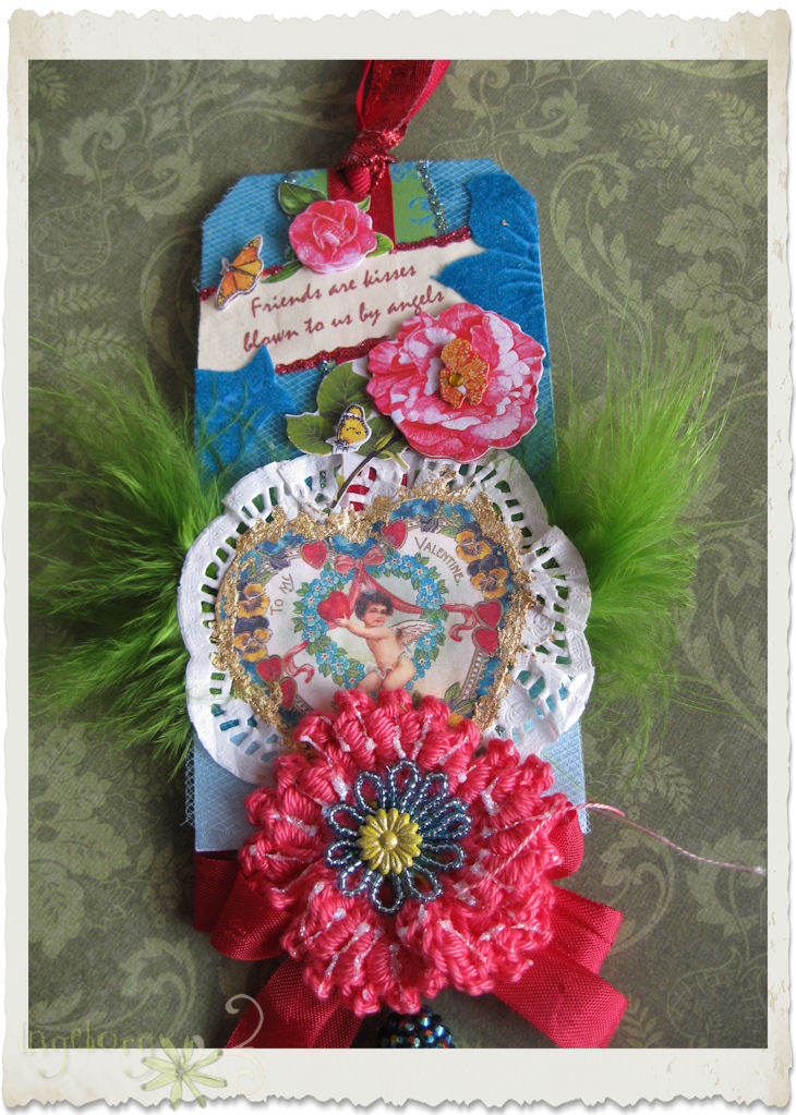 Valentine's day tag with crochet poppy flower