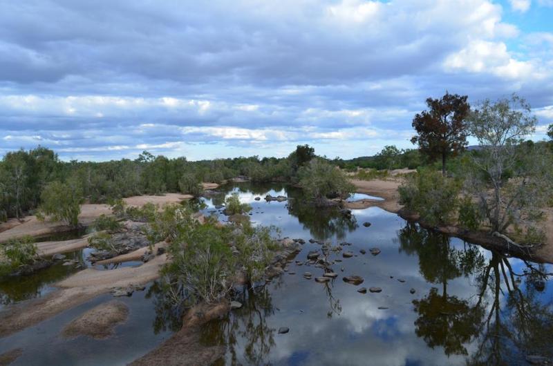 Det er ubeskriveligt hvor mange forskellige, og billedskønne natur scenarier man ser, på sådan en tur ind i outbacken.