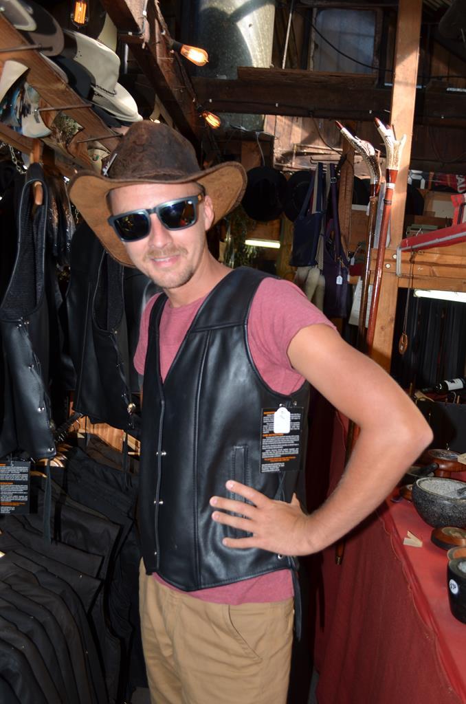 Og Erik fik prøvet nyt tøj...