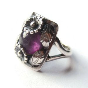 N E From amethyst and sterling silver daisy ring. For sale in my Etsy shop: click on photo for details.