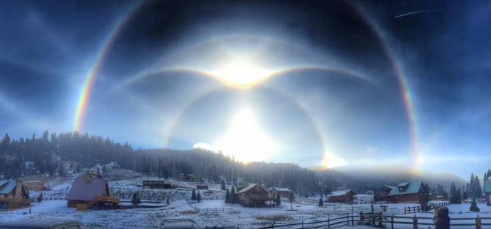 There are nine atmospheric optical phenomena in this amazing photo by Joshua Thomas. Taken  at Red River, New Mexico, USA on 9 January 2015.