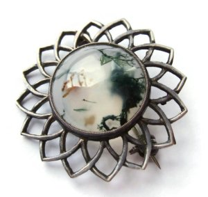 Vintage John Hart Scottish moss agate and sterling silver brooch, 1957. Click on photos for details. (NOW SOLD).