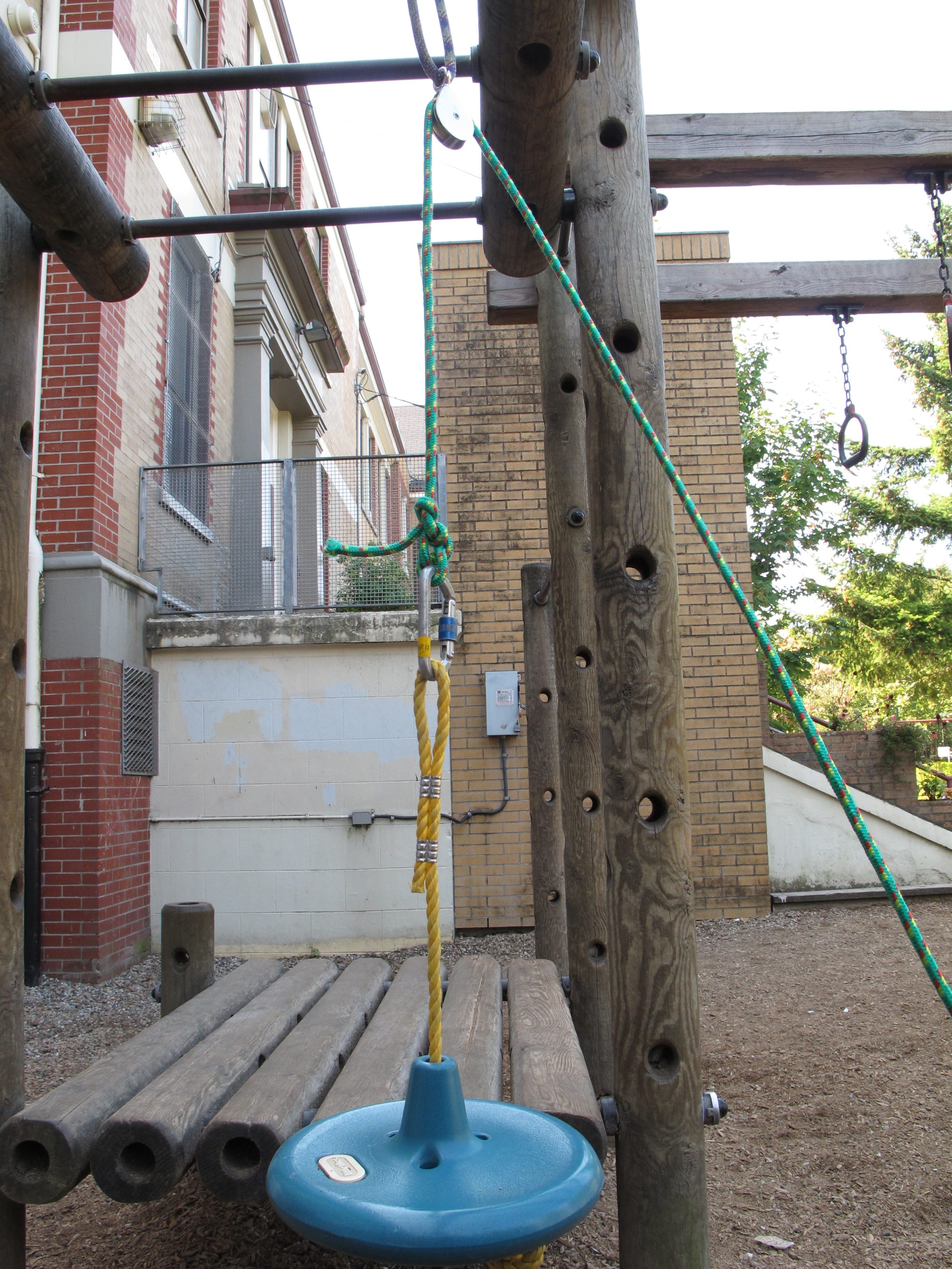 Pulleys To Lift A Person Or Heavy Load