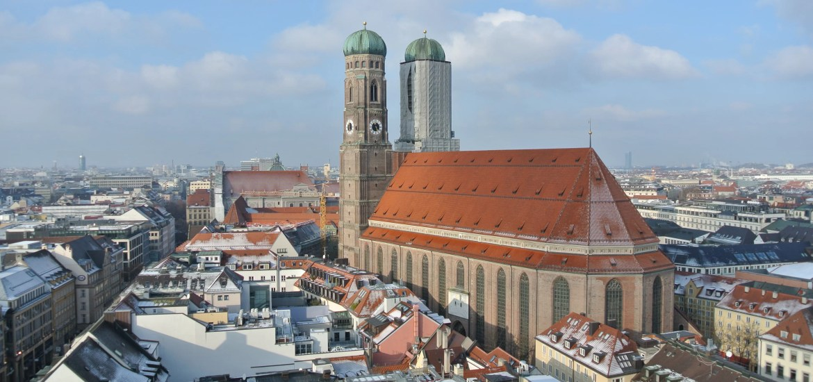 10 things to do in munich in winter time including christmas market. Black Bedroom Furniture Sets. Home Design Ideas