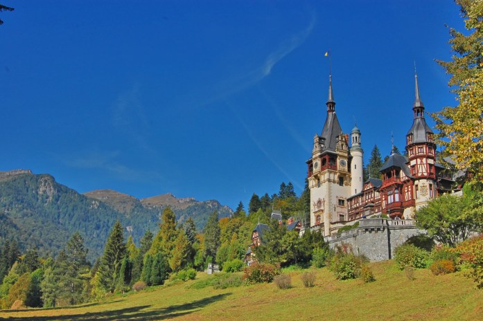 Sinaia, Romania - where you will feel like royalty | IngridZenMoments