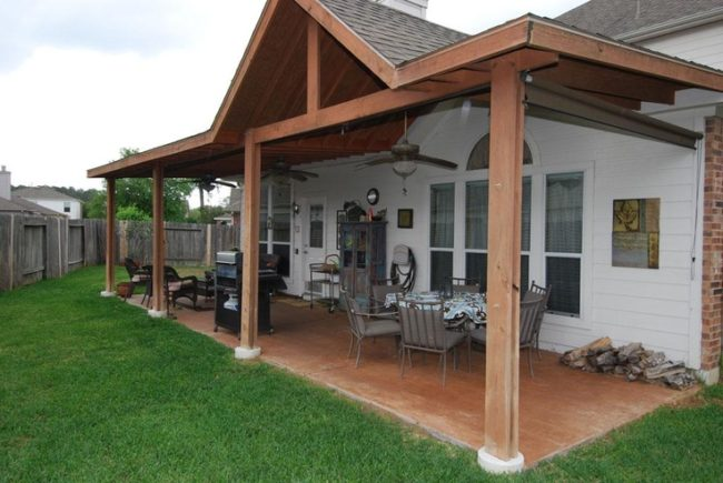 20+ Summer Porch Decorating Ideas   Inhabit Zone on Covered Back Porch Ideas id=31904