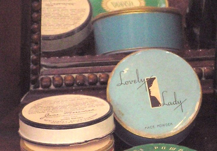Collecting Vintage Cosmetics: See What's Taken A Powder In Vintage Makeup Name-Calling