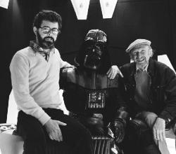 Ator compartilha fotos do set de filmagem de Star Wars