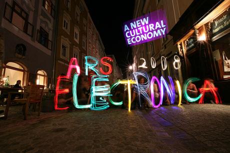 Foto del taller de escritura con luces del Ars Electronica 2008