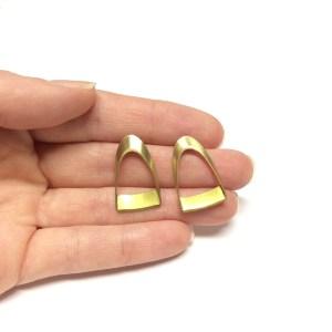 Open brass studs