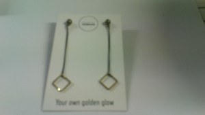 Falling square earstuds
