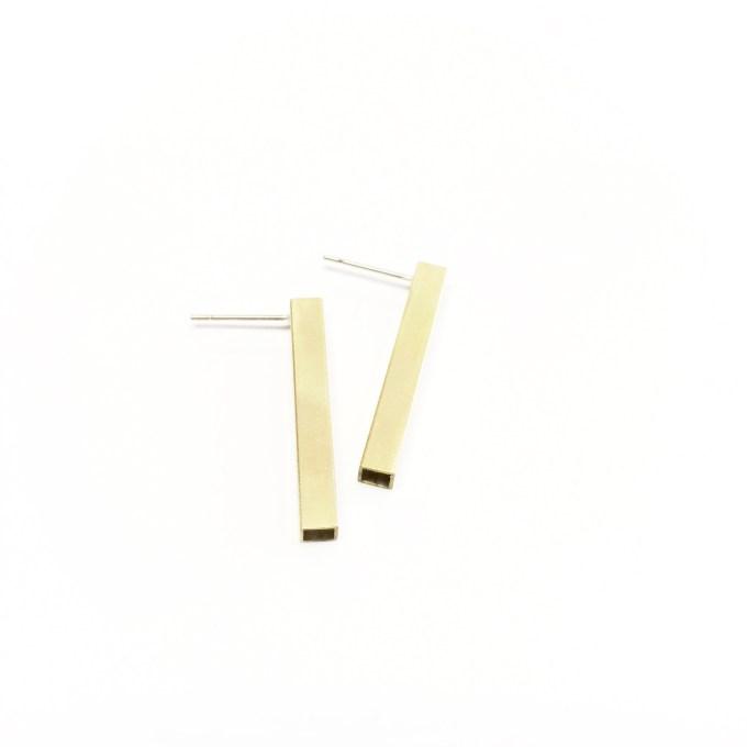 square bar studs