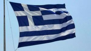 Referendum grec : le NON en tête, La Grèce fait défaut et le monde continue de tourner, Sarkozy et le Parti Maastrichien Unique menacent les grecs