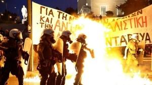 Grèce : Le gouvernement SYRIZA attaque les manifestations avec ses forces anti-émeutes – Communiqué du PAME