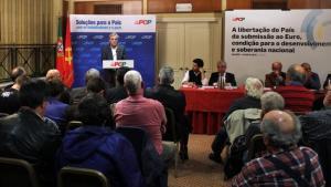 «Rejoindre l'euro est un désastre et y rester est une catastrophe encore plus grande»Jeronimo de Sousa SG du Parti Communiste Portugais